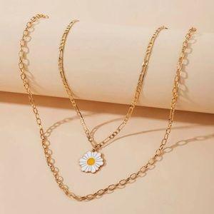 Jewelry - BOGO Daisy Sunflower Flower Chain Necklace Jewelry